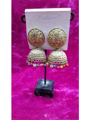 SBK Fashion - Earrings with multi coloured pearls